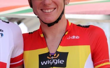 Anna Sanchis con el maillot rojigualda
