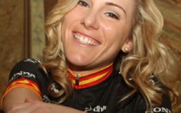Anna Sanchis renueva por 2 años con el Wiggle Honda