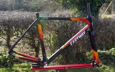 Te presentamos a la bicicleta Eastway Emitter R0 del Team Wiggle
